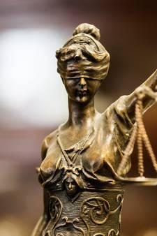 Voorwaardelijke jeugddetentie voor twintiger na eerder misbruik zusjes