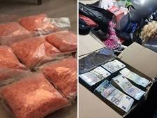 Grootschalige drugshandel rond Utrecht: politie houdt dertien mensen aan