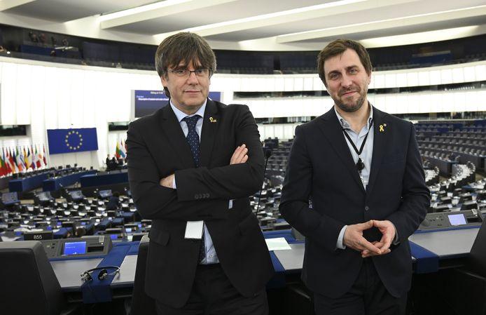 Toni Comin et Carles Puigdemont.
