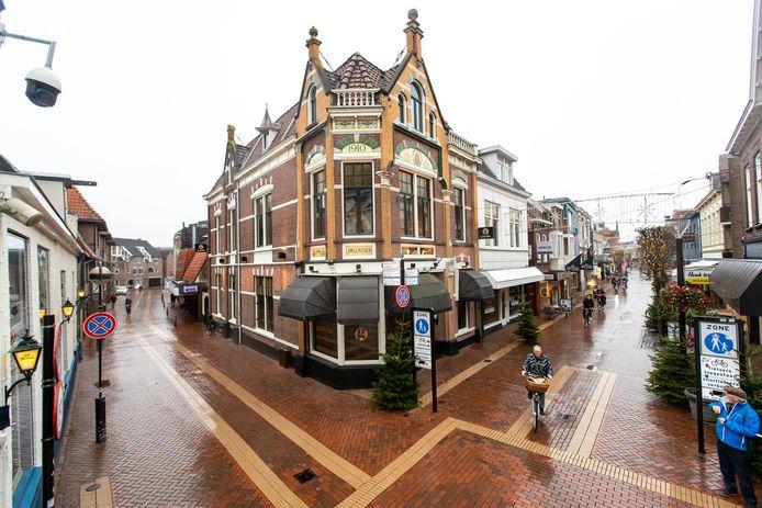 De binnenstad van Almelo gaat de goede kant op, maar kan nog steeds een boost gebruiken om weer die populaire Twentse winkelstad te worden.