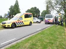 Scooteraar gewond na aanrijding met fietser op Korte Linschoten Westzijde bij Linschoten