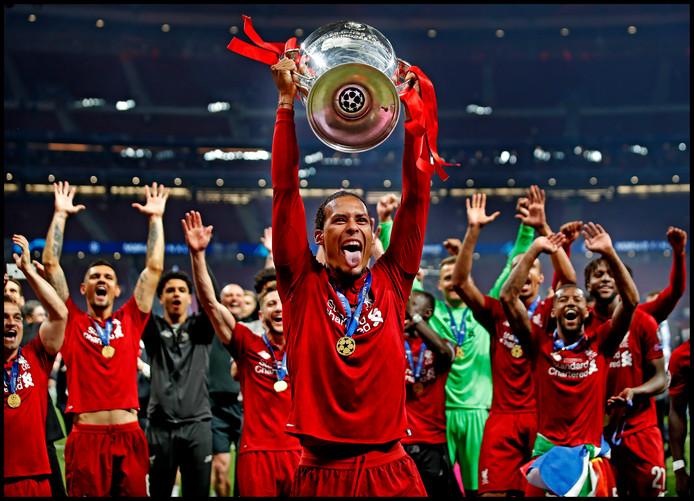 Het hoogtepunt van vorig seizoen voor Virgil van Dijk: het winnen van de Champions League met Liverpool.