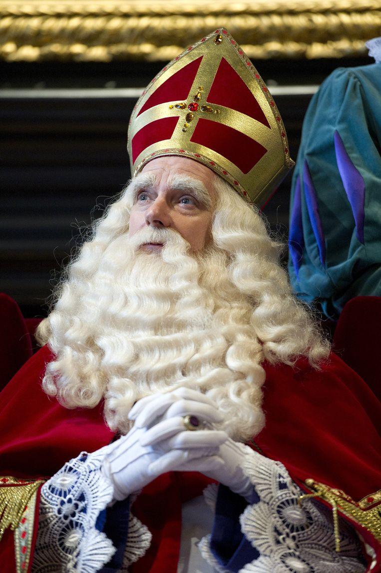 Sinterklaas op zijn troon. Beeld ANP
