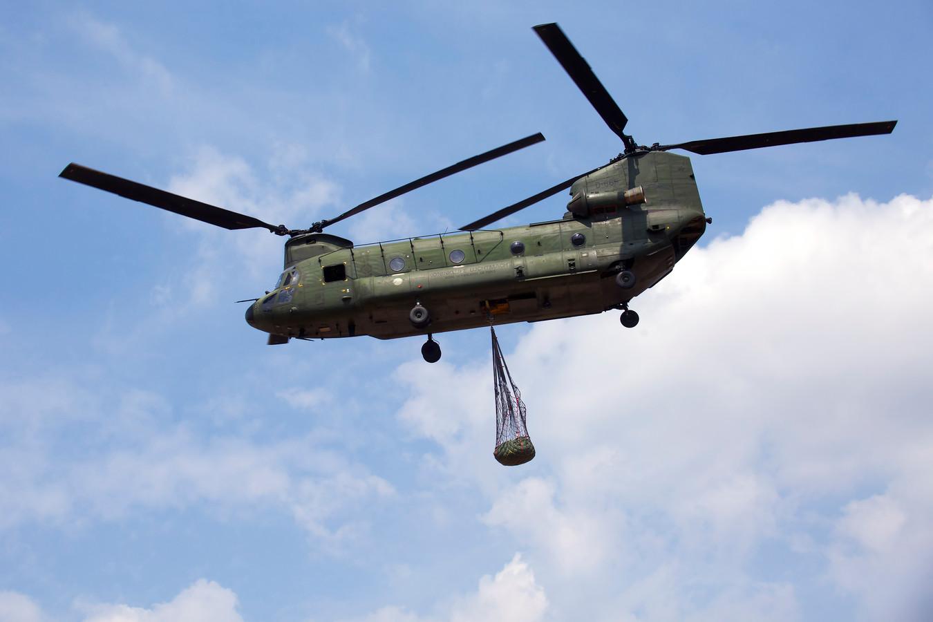 Op de vliegbasis Gilze-Rijen zijn dertien Chinooks gestationeerd. Deze helikopters veroorzaken de meeste geluidsoverlast.