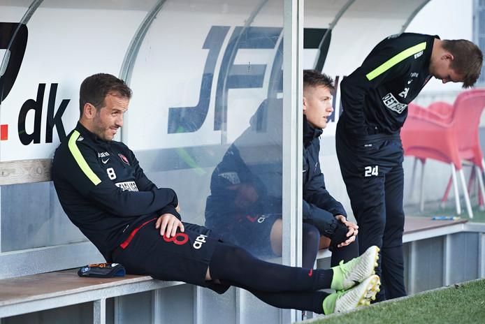 Van der Vaart ziet af op de bank bij FC Midtjylland.