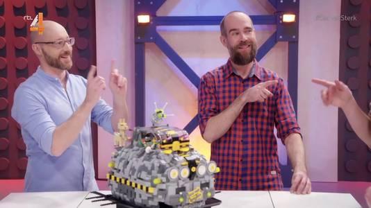 De ruimtetaxi die David en Giovanni maakten voor LEGO Masters.