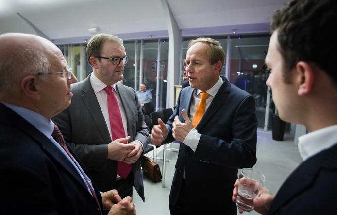 SGP-lijsttrekker voor Zuid-Holland Servaas Stoop (2e L) en SGP-leider Kees van der Staaij (2e R) tijdens een campagnebijeenkomst in het kader van de aanstaande Provinciale Statenverkiezingen.