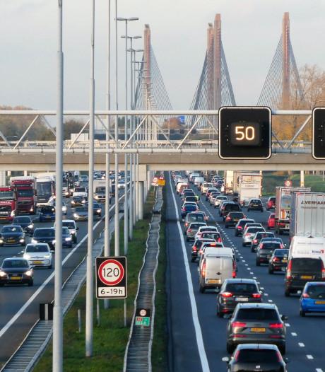 Nederland staat muurvast (en dat kost ons bakken met geld)