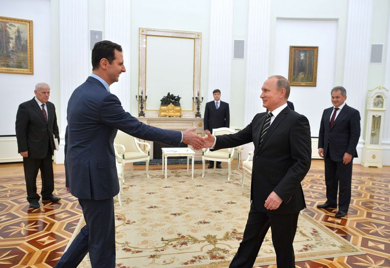 De Syrische president Bashar al-Assad is dinsdag op bezoek geweest in Moskou en heeft daar overleg gevoerd met zijn ambtgenoot Vladimir Poetin. Beeld anp