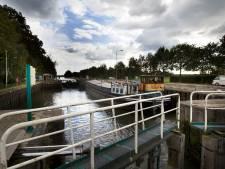 PvdA Helmond twijfelt aan nut van nieuwe sluizen, nu ForFarmers de stad verlaat