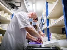 Het vaccineren is begonnen in Twente: prikkend op weg naar het oude normaal
