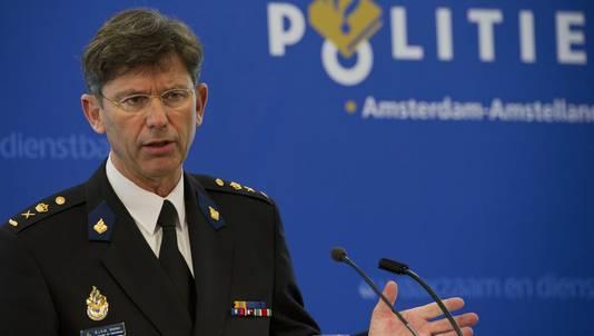 Bernard Welten toen hij nog korpschef was bij de politie Amsterdam-Amstelland