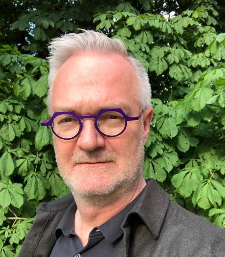Schrijver Marcel Möring komt niet terug naar  Enschede, maar 'misschien ooit Ootmarsum'