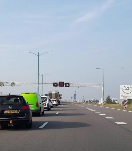 Verkeershinder in Westerscheldetunnel door vrachtwagen met pech