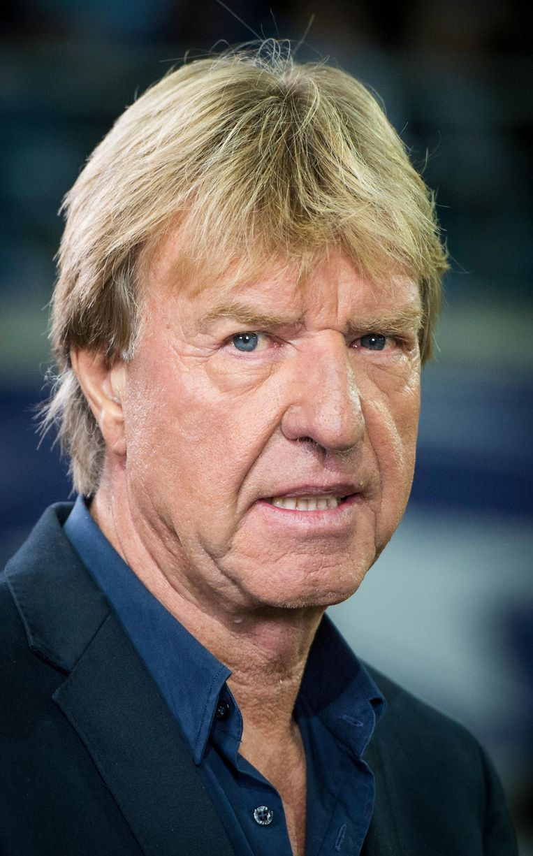 Oud trainer van Ajax Aad de Mos: 'De selecties met de sterkste bank worden vaak kampioen. Als trainer heb je het liefst zoveel mogelijk opties.' Beeld BELGA