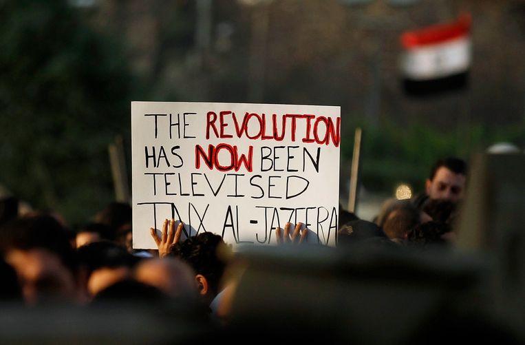 In februari 2011 komen burgers op straat in de Egyptische hoofdstad Caïro. Ze bedanken de nieuwszender die de roep om hervormingen - later gedoopt tot de Arabische Lente - als een van de eersten in beeld bracht.