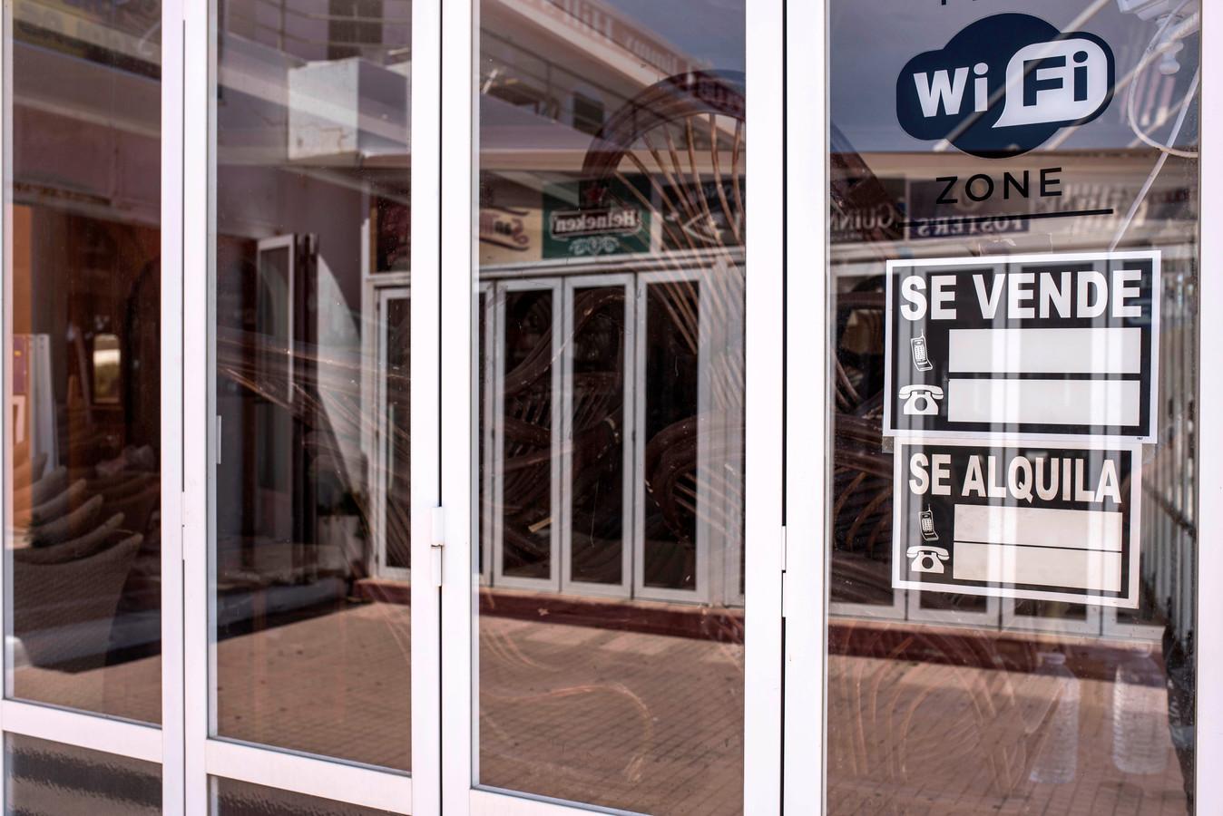 Environ 40.000 établissements d'hôtellerie-restauration ont déjà fermé définitivement en Espagne en raison de la pandémie de Covid-19.