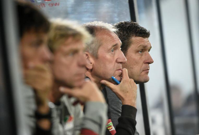 Gert Verheyen is heel close met zijn staf, waaronder assistent Franky Van der Elst, keeperstrainer Patrick Deman en fysiektrainer Joost Desender.