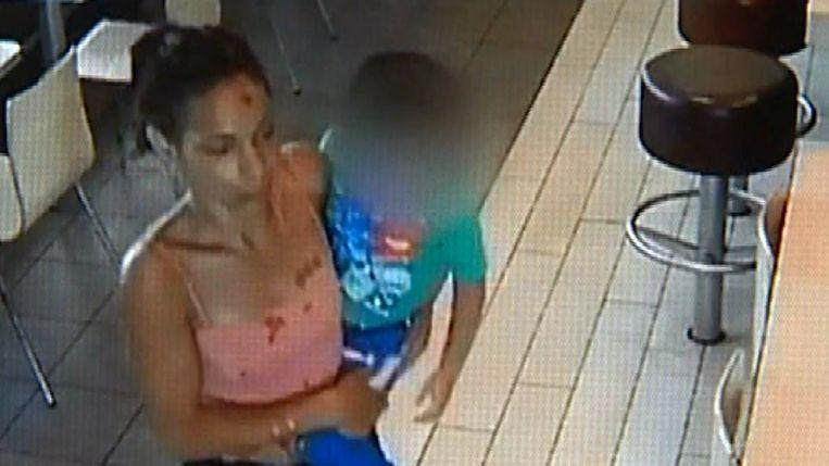 Vrouw ontvoert kind in McDonald's