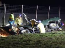 Hulpdiensten bevrijden twee gewonden na crash op de A1