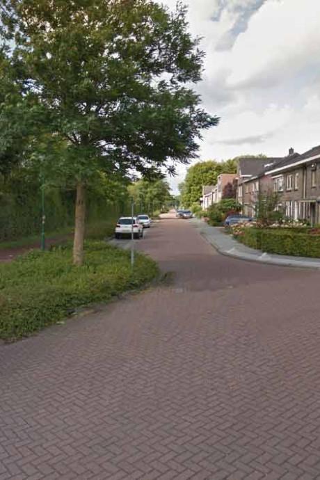 Bijrijder op scooter steelt telefoon uit hand van Veenendaalse
