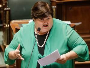 """Maggie De Block nuance: """"Le Lucentis a coûté 50 millions, pas 500"""""""
