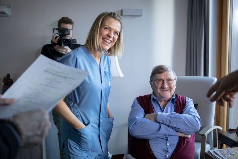 Karen Damen voor het eerst op de set van 'Familie' met Jaak Van Assche.