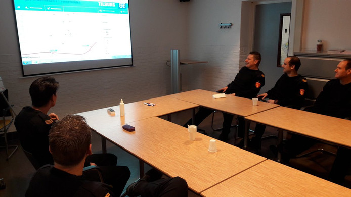 De brandweer in Tilburg wordt geïnstrueerd voor de storm van 18 januari.