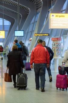 Grondpersoneel Eindhoven Airport dreigt met acties, vertraging mogelijk