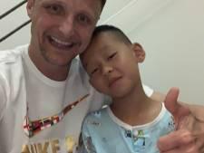 Amsterdamse brandweerman op vakantie redt leven Chinese drenkeling