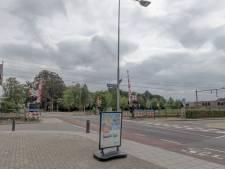 Man rommelt aan hek: Treinen rijden stapvoets door Twello