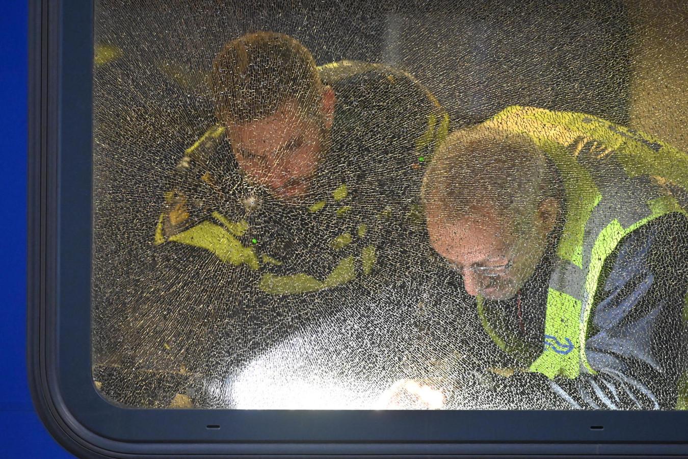 Onderzoek in trein in Breda die waarschijnlijk werd beschoten.
