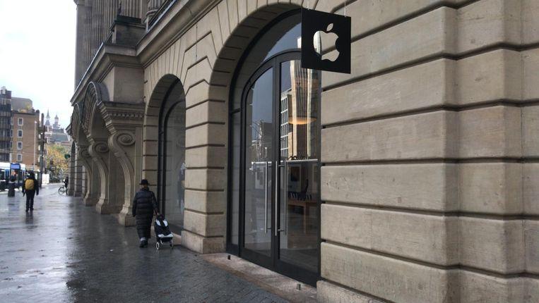 Drie mannen overvallen Apple Store op Leidseplein