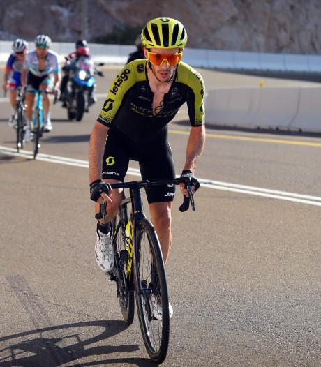 Yates rijdt Pogacar op flinke achterstand in Ronde van Emiraten