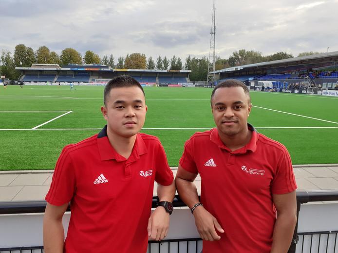 Thanh Nguyen (links) en Joël Prat in het stadion van FC Eindhoven, maar spelend voor De Bocht'80.