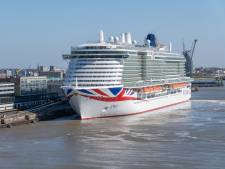 Primeur: Voor de eerste keer megacruiseschip op gas naar Rotterdamse haven