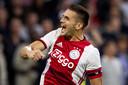 De doelpunten in de Champions League van aanvoerder Dusan Tadic zijn goud waard voor Ajax.