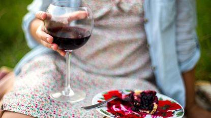 Dessertjes of alcohol schrappen: wat is gezonder?