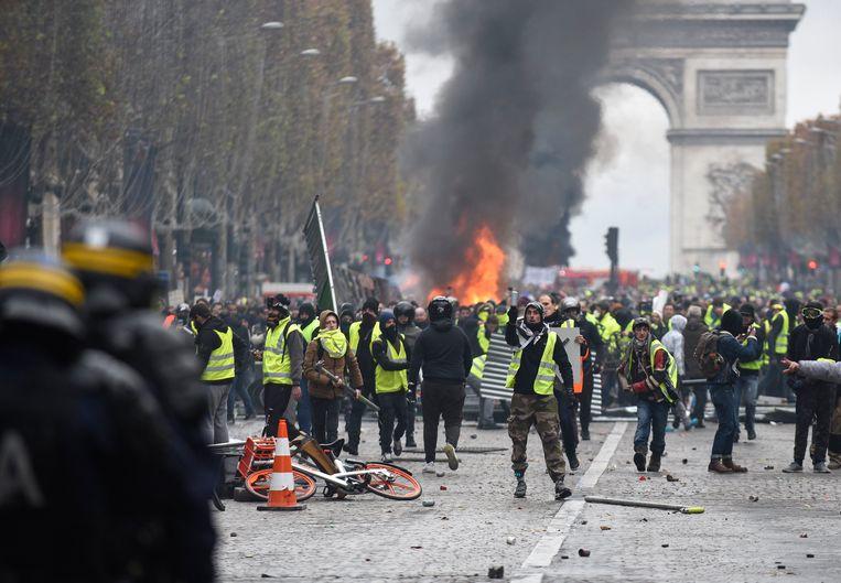 Betoging van gele hesjes in Parijs.
