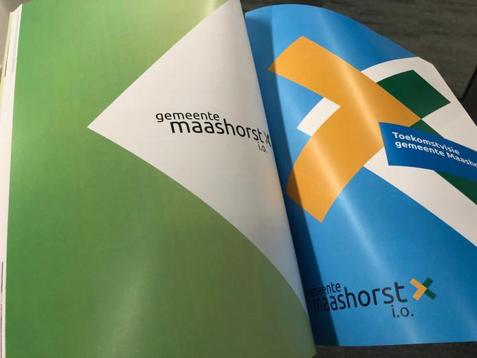 Het ruim 150 pagina';s dikke herindelingfsontwerp voor de nieuwe gemeente Maashorst.