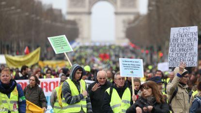Franse gele hesjes zijn op zoek naar tweede adem, circa 28.600 betogers gaan de straat op