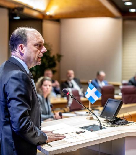 Politiek Zwolle pakt draad weer op: over twee weken eerste 'wegwerkraad' vanaf zolderkamers
