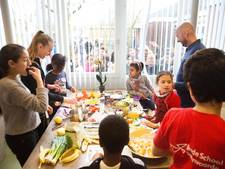 Azc-kinderen bezoeken basisschool in Rijswijk
