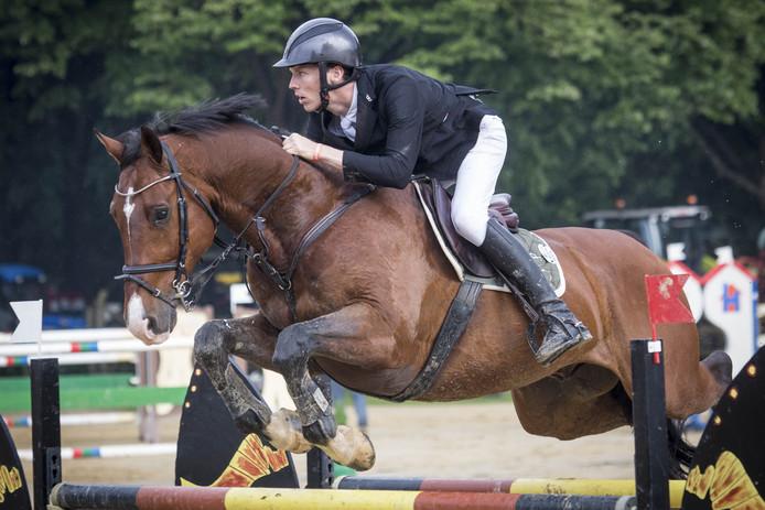 WIERDEN - Finale Grote Prijs van Wierden bij Manege De Vossenbos. Op de foto: Gerben Morsink. EDITIE: SPORT FOTO: Robin Hilberink  RH20170603