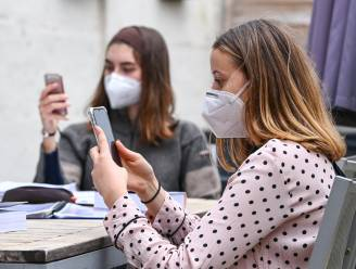 Vlaamse contacttracing voelt stijgende cijfers en zet nu ook sms'jes in om achterstand te vermijden