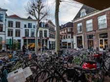 Bewoners pakken dit weekend fietschaos in Deventer binnenstad zelf aan