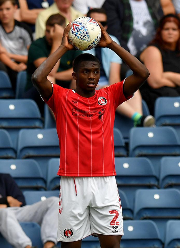 Anfernee Dijksteel won afgelopen zaterdag met Charlton Athletic nog met 1-2 bij Blackburn Rovers.