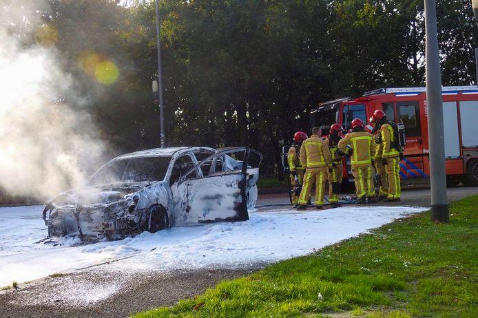 Lexus brandt uit op A2