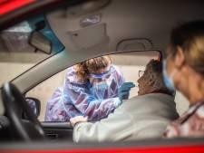 Na najaarspiek stokt daling coronavirus: aantal infecties bij tieners stijgt