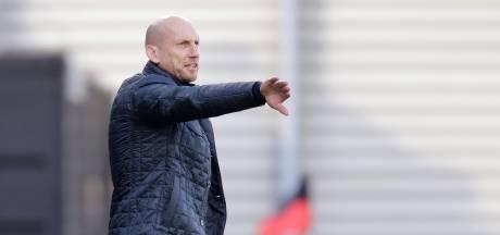 Reserves PEC Zwolle laten zich in doelpuntrijk oefenduel zien aan Stam